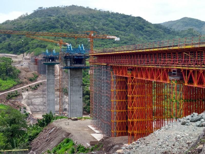 Avanza construcción de autopista Jala Vallarta