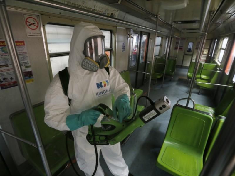 Avanza coronavirus y calificadoras destruyen panorama económico de México