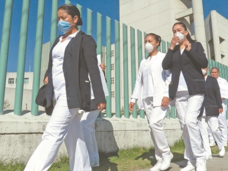 Avanza coronavirus y piden respeto para personal médico