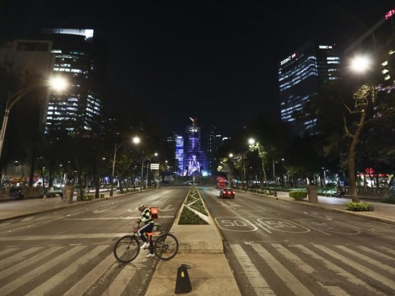 Avanza el coronavirus y México se detiene por un mes
