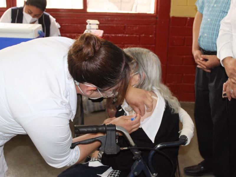 Avanza en un 97% la vacunación contra COVID-19 en Álamos