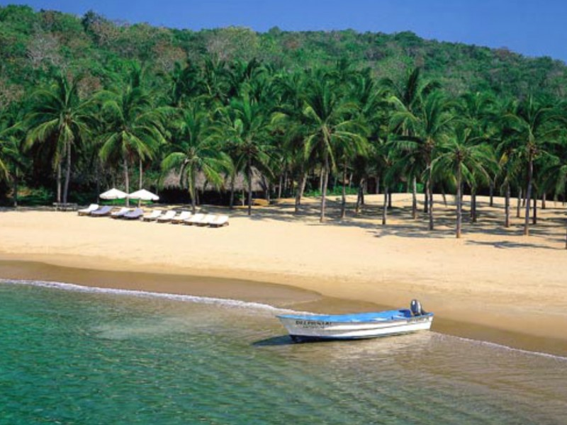 Avanza lenta la recuperación del turismo en Costalegre de Jalisco