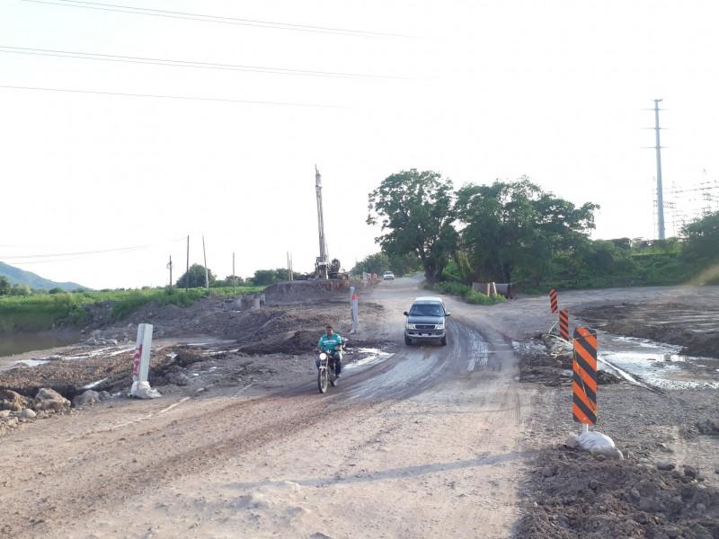 Avanza lento reconstrucción de carretera Peñas-Tuxpan