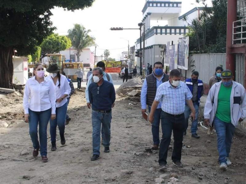 Avanzan al 70% obras en centro municipal de Xalisco