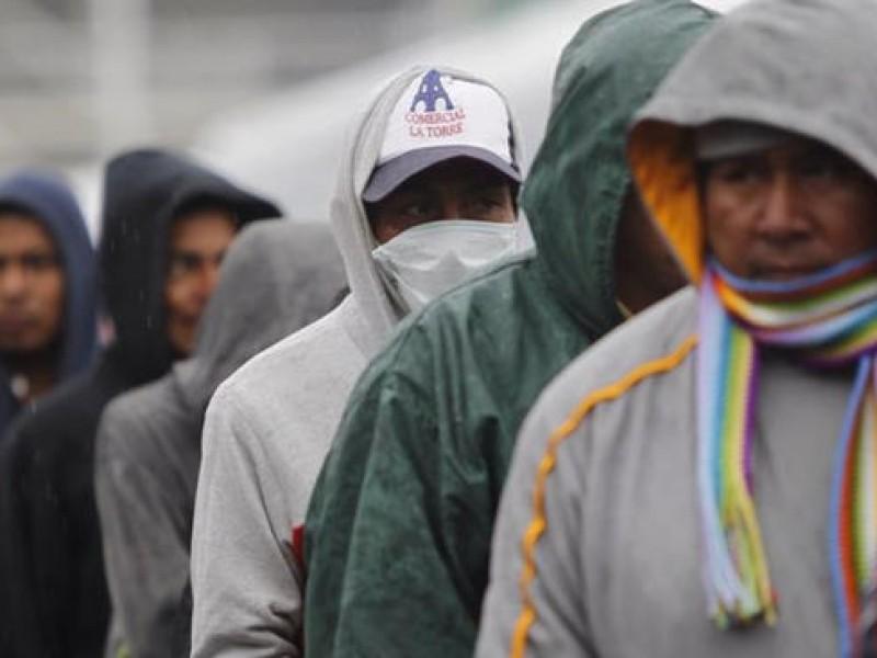Avanzan migrantes de Querétaro a Guanajuato