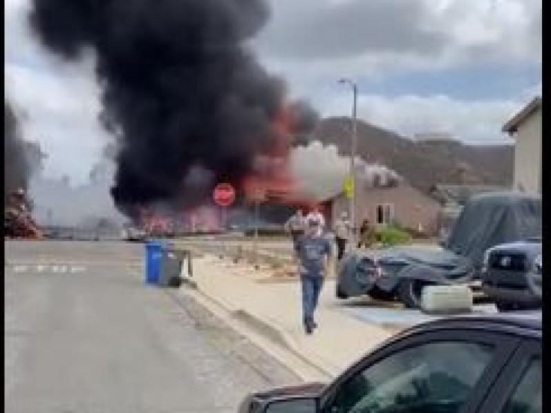 Video: Avioneta se estrella en San Diego California