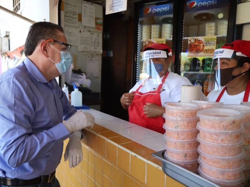 Ayuntamiento de BADEBA entrega caretas a trabajadores