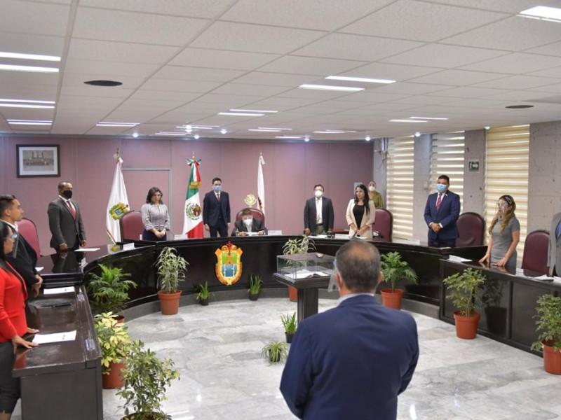 Ayuntamiento de Moloacán debe llamar a suplente a tomar protesta