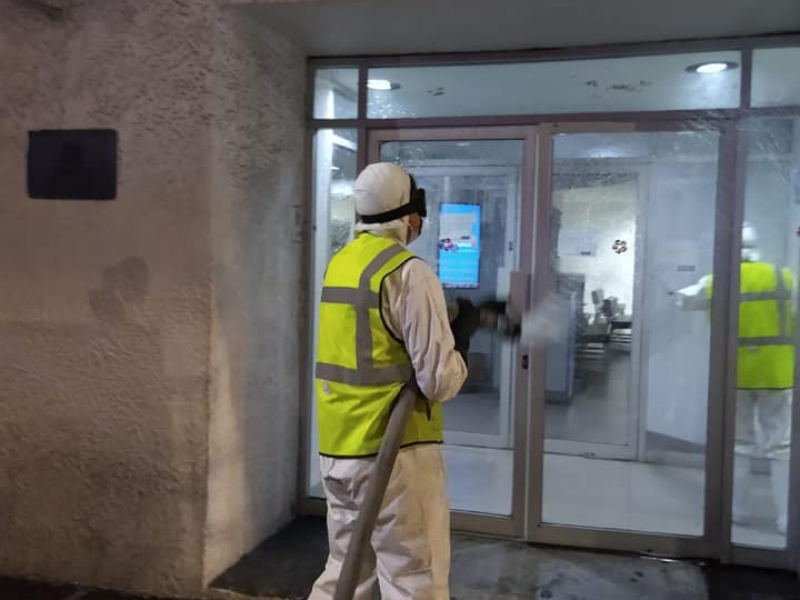 Ayuntamiento de Tepic sanitiza bancos y cajeros