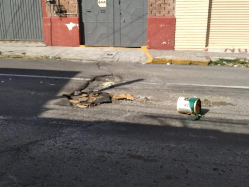 Bache provoca accidentes en colonia Santa María