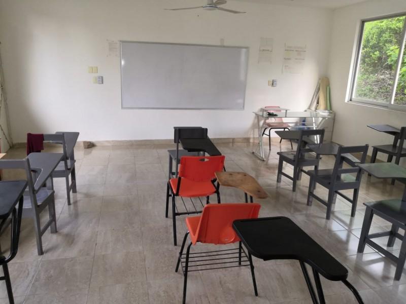 Bachilleratos en Tuxpan se preparan para recibir alumnos