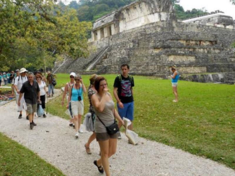 Baja afluencia turística en Palenque
