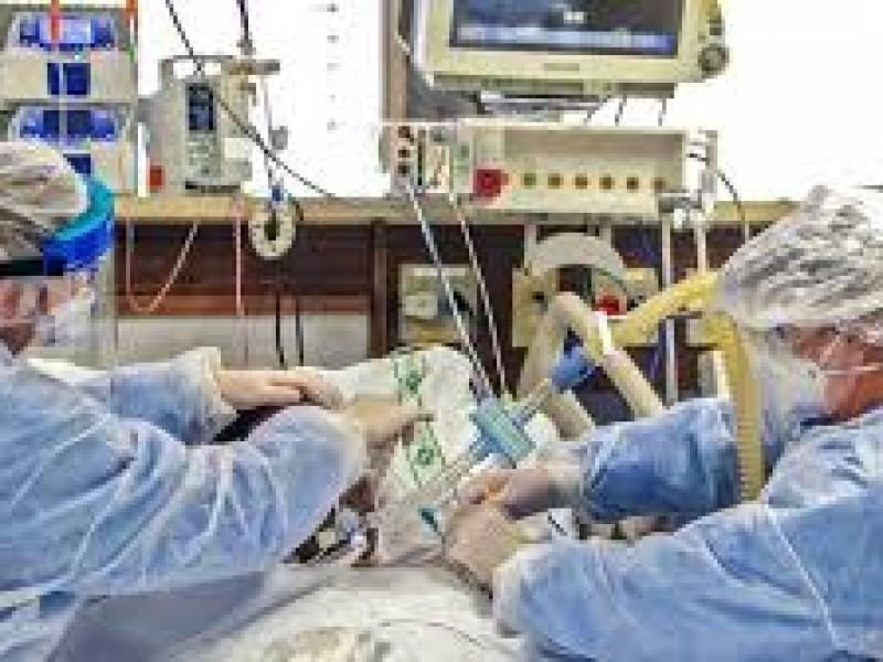 Baja mortalidad por COVID-19 en Puebla por cambio de tratamiento