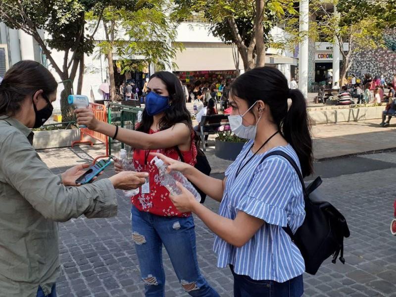 Bajan indicadores Covid-19 en Jalisco tras botón de emergencia