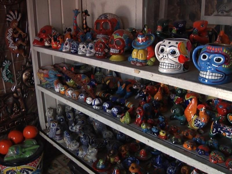 Bajan venta de artesanía por falta de turismo