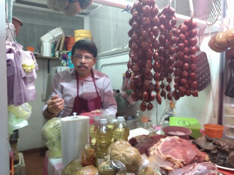 Bajan ventas en el mercado 5 de Septiembre de Juchitán