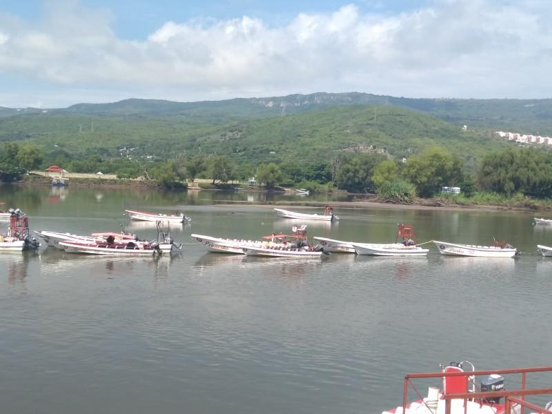Bajo nivel en río Grijalva trae afectaciones aLancheros