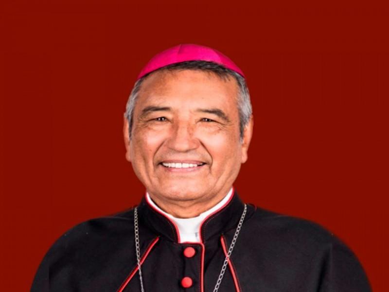 Bajo protocolos de sanitas toma de posesiòn de nuevo Obispo