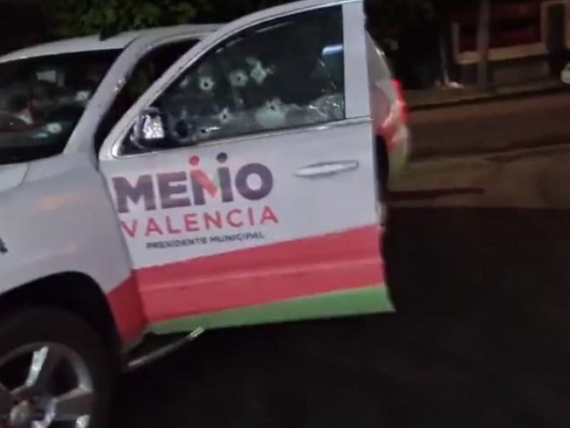 Balean camioneta de Memo Valencia; hay lesionados