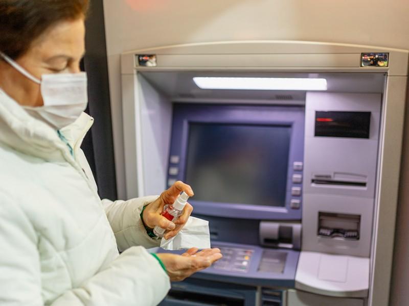 Bancos tendrán nuevos horarios y medidas preventivas