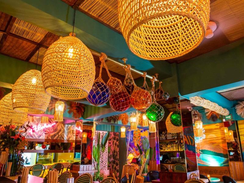 Bares y salones reabrirán como restaurantes en CDMX