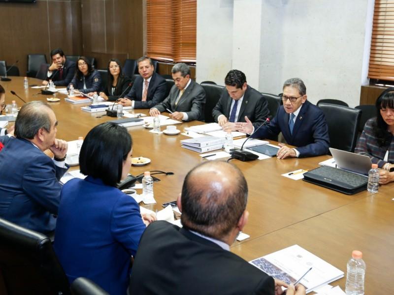 Barrera Baca se reunió con diputados