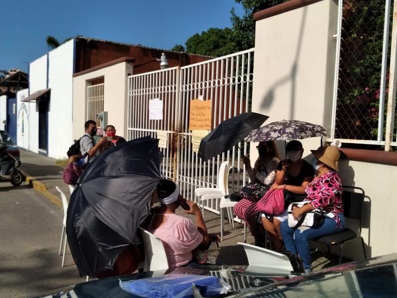 Basificados del Palacio de Justicia toman instalaciones en Zihuatanejo