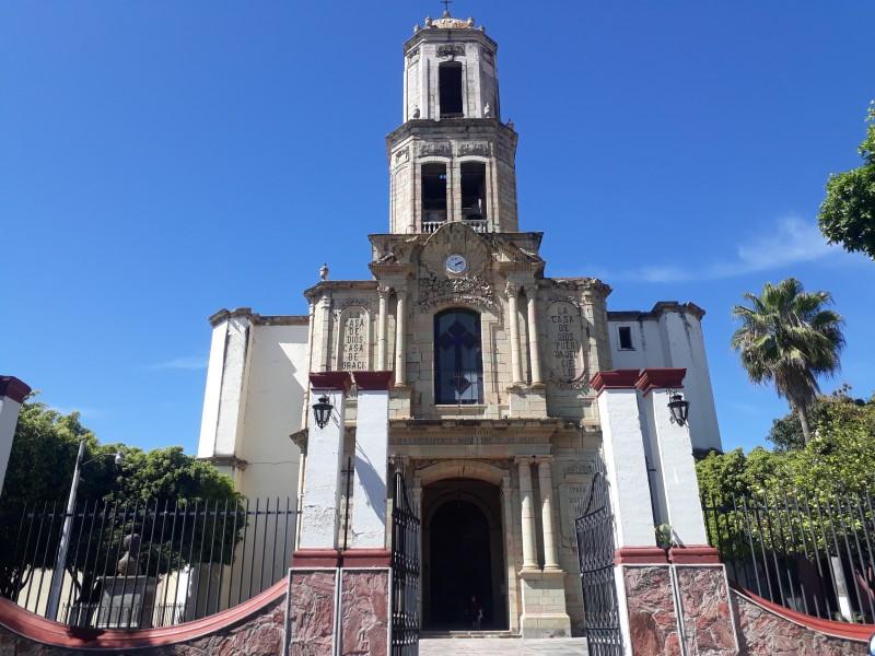 Basílica de Jala: albergue de obras centenarias