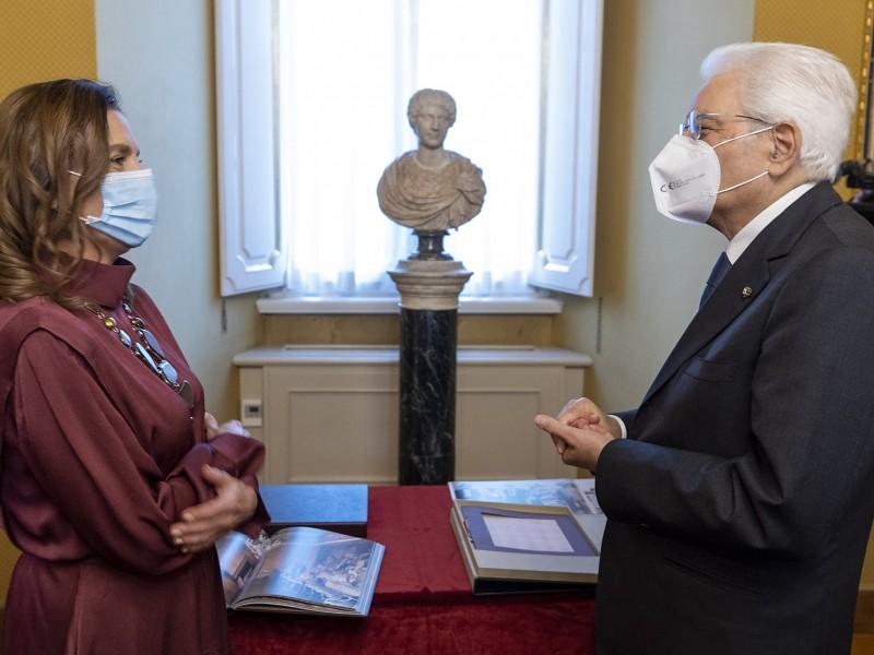Beatriz Gutiérrez Müller se reúne con el presidente de Italia