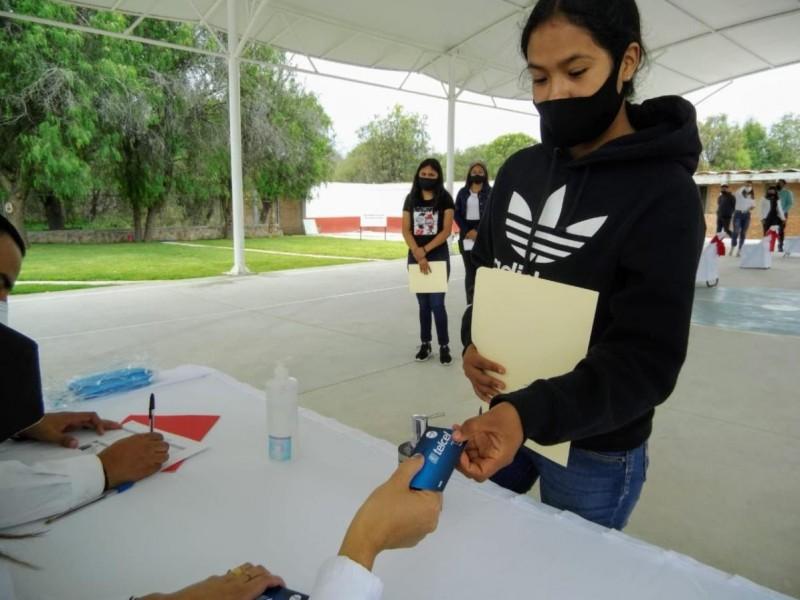 Benefician a 308 jóvenes de Zacatecas con internet para estudios