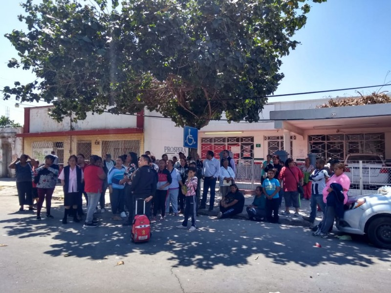 Beneficiarios de GP toman oficinas de Prospera