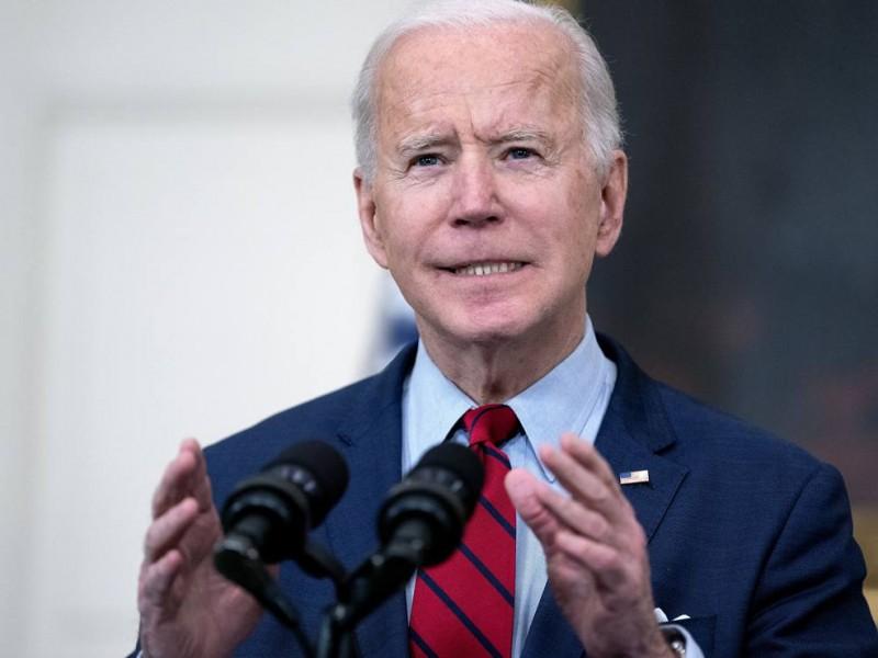 Biden pide prohibir las armas de asalto en EE.UU