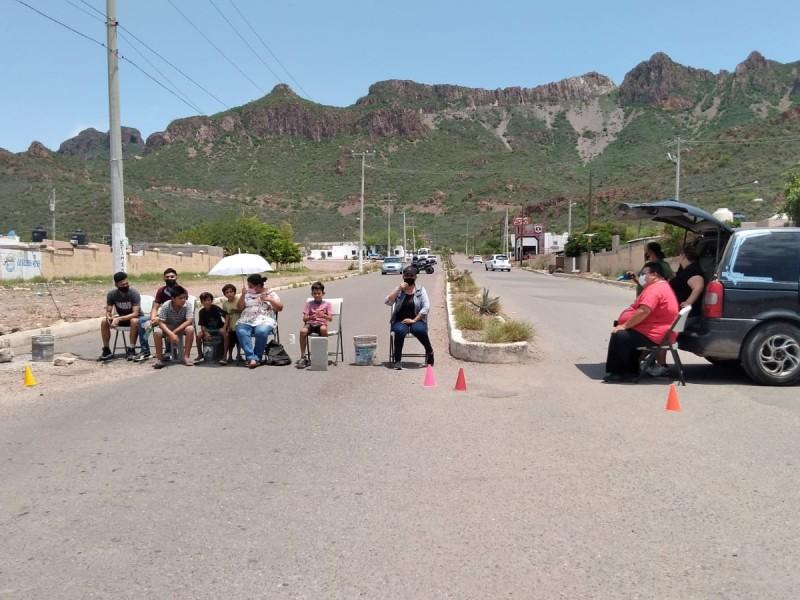Bloquean por falta de agua en 10 días en ValleBonito