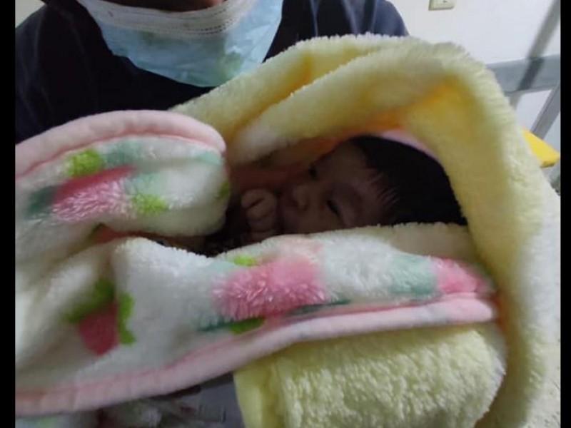 Bomberos de Coatepec atiende parto