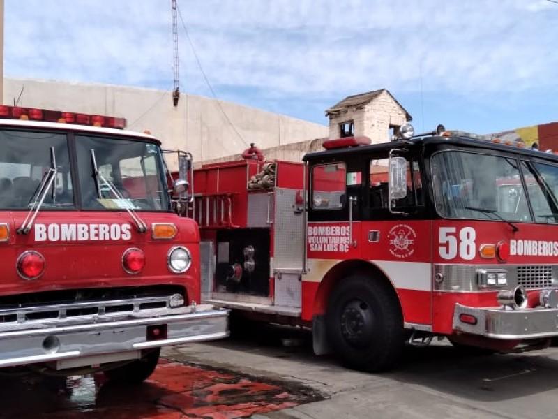 Bomberos reciben llamadas por semana por incendios quema de gavilla
