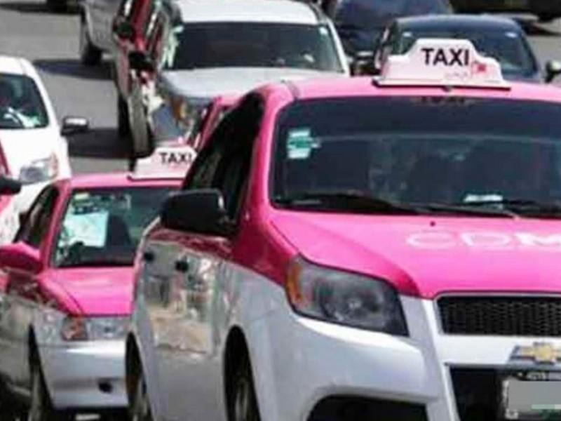 Botón de pánico controlará a 180 mil taxis