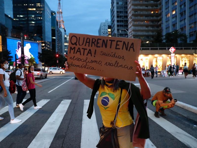 Brasil cerca de 11 millones de casos acumulados de Covid-19