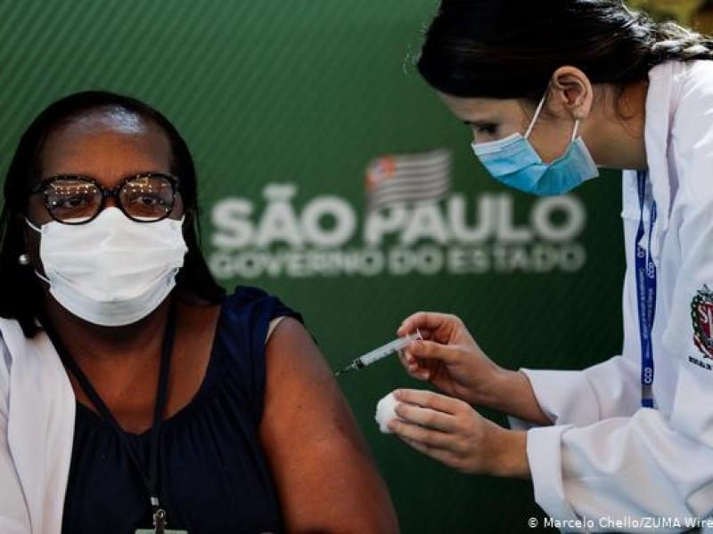 Brasil concluye vacunación inédita de una ciudad