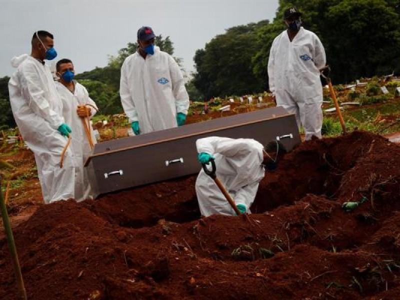 Brasil se acerca a 350 mil muertes por Covid-19