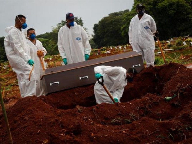 Brasil supera las 373 mil muertes por Covid-19