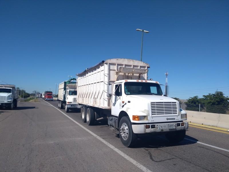 Brindarán apoyo a transportistas, determinarán detalles en dos semanas
