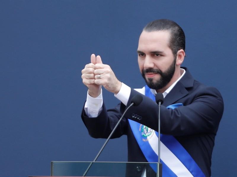 Bukele propone aumentar 20% el salario mínimo en El Salvador