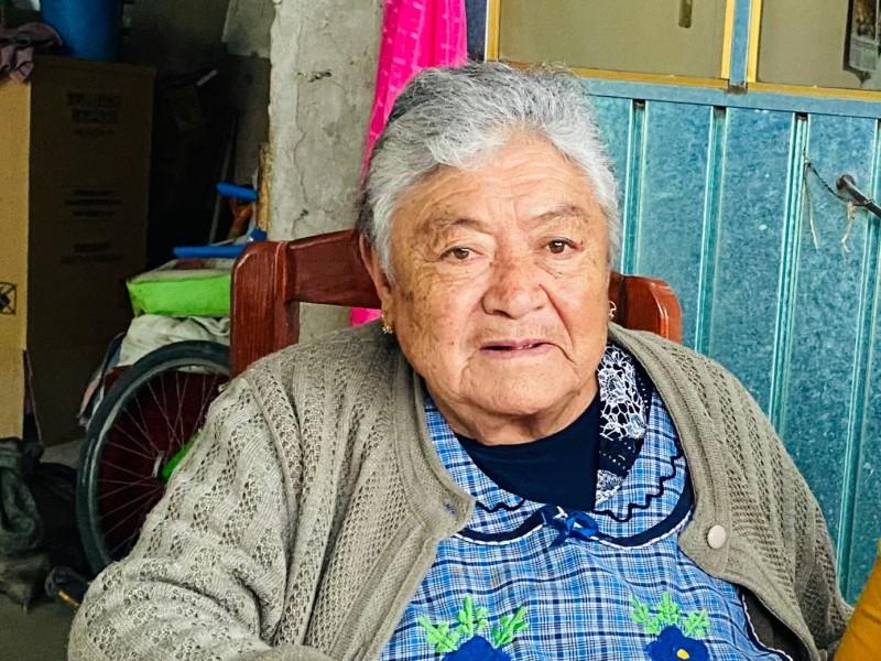 Busca en Tuxpan a sus hermanos tras décadas de distancia