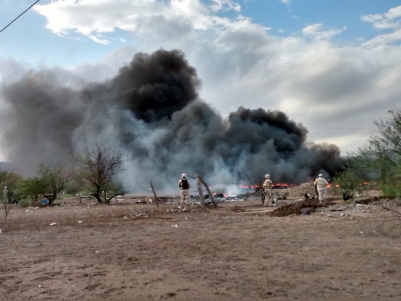 Buscan a responsables de incendio de llantas