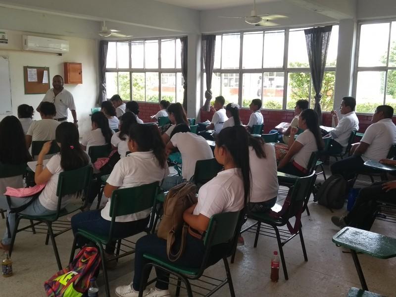 Buscan Abatir Deserción Escolar
