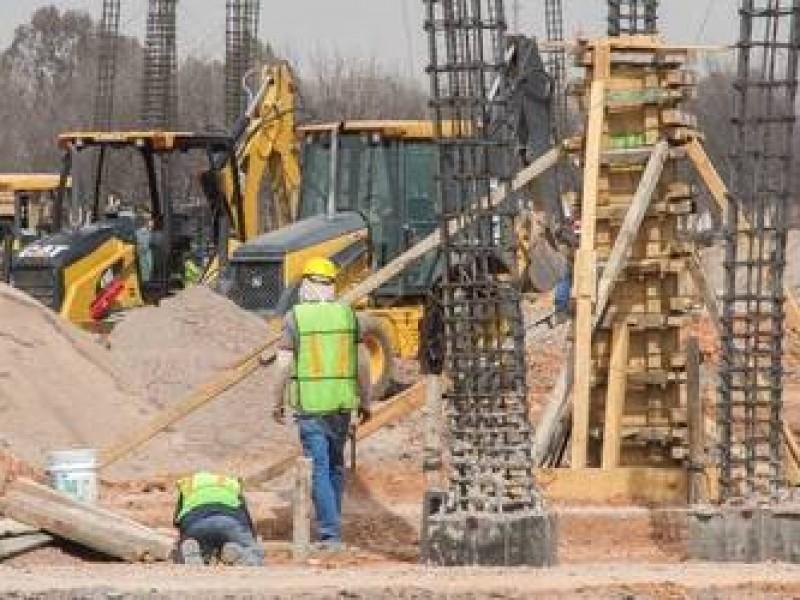 Buscan diputados federales dar mayor apertura a constructores locales