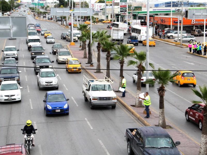 Buscan disminuir uso de automóvil