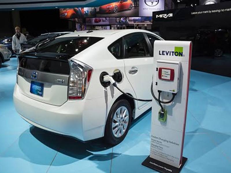 Buscan eliminación de tenencia a vehículos híbridos