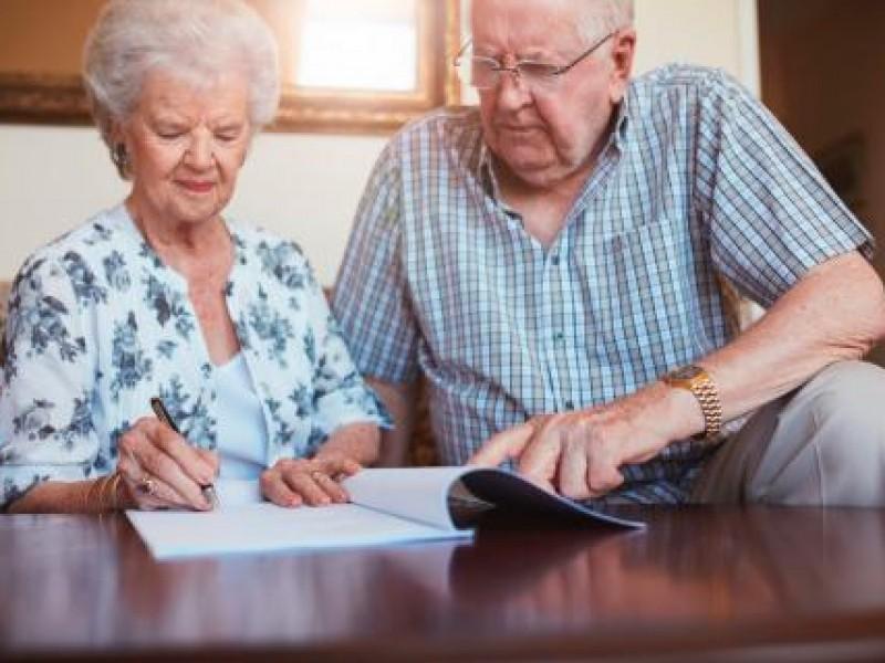 Buscan establecer asesoría jurídica como derecho para abuelitos