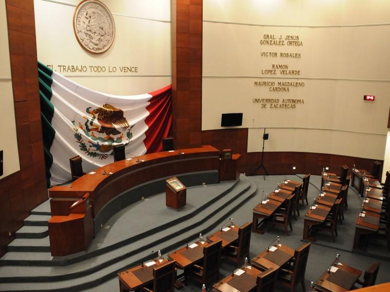 Buscan reconocer a sector salud en muro de la legislatura